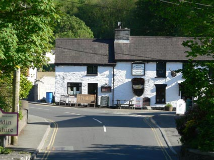 White Hart Pub in Cenarth