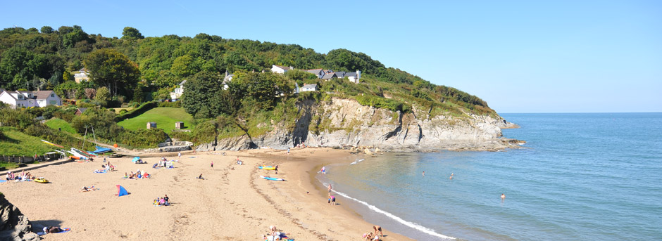Sunny day at Aberporth Beach