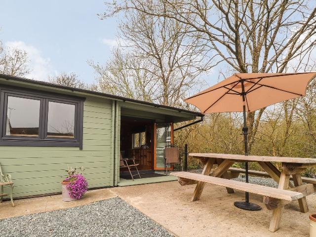 Mill Cabin Denant, Haverfordwest